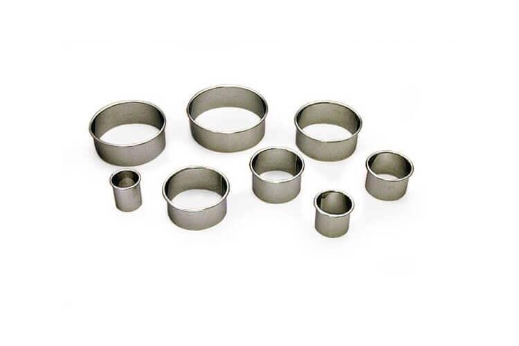 9 Emportes-pièces ronds unis de 2 à 9 cm