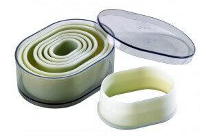 Boite de 7 découpoirs polyglass professionnels forme ovale unie