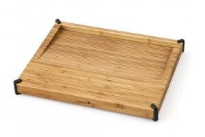 Planche à découper Déglon en bambou avec surface inclinée pour les jus de cuisson