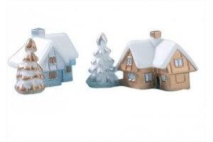 Boîte de 72 décors pour bûche de Noël Chalets or et argent 2.5 x 2.5cm