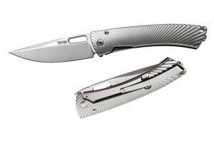 Couteau pliant LionSteel TS1 manche titanium monobloc gris mat 11cm