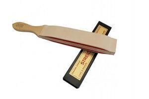 Cuir à rasoir HEROLD type russe 2 côtés peau sur feutre 32cm