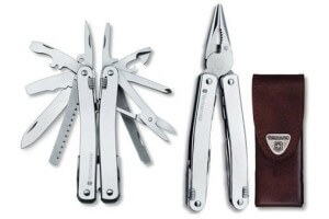 Pince Swisstool Victorinox 11 pièces Spirit lame pointue + étui cuir