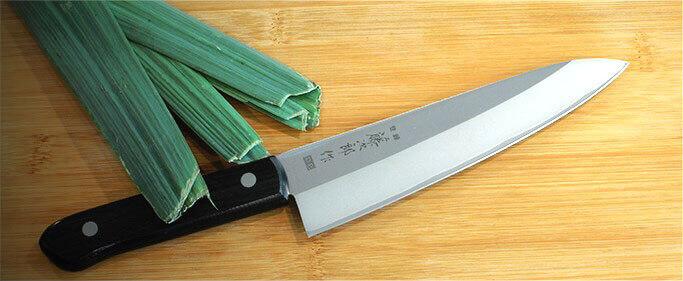 Un couteau pour toutes les découpes !