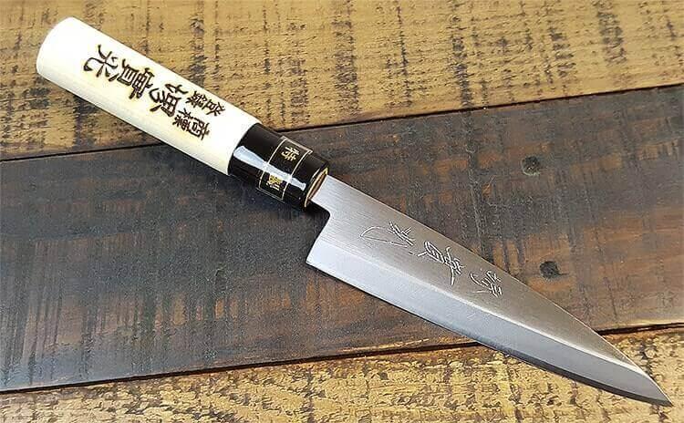 Les couteaux JIKKO japonais !