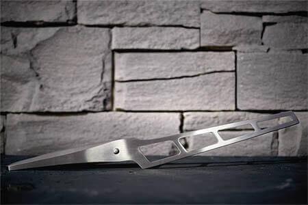 Un design incroyable sur le couteau Porsche !