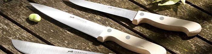 Des couteaux au look naturel